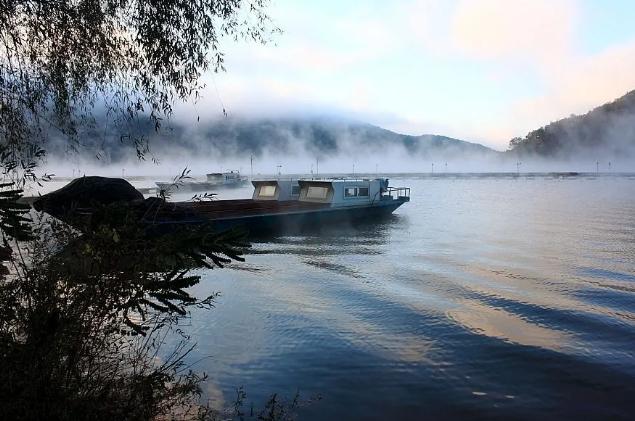 在城芯朝阳,遇见你最向往的湖居墅院